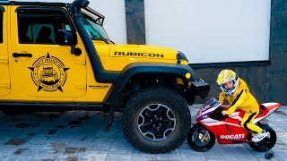 Джип-ВЕЗДЕХОД...Jeep all-terrain vehicle. Little motorcycle VS big JEEP.