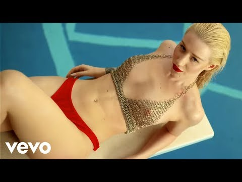 Клип Iggy Azalea - Change Your Life