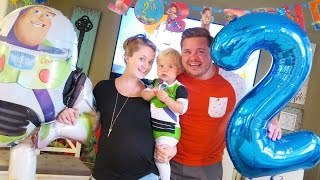 One of Daily Bumps's most viewed videos: OLIVER'S 2ND BIRTHDAY SPECIAL!