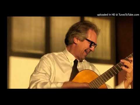 Hermeto Pascoal - Bebê   Acácio Oliveira Violão - Contrabaixo Dennis Belik - Percussão Nilton Blau.