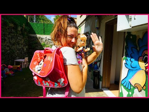 ÖZLEMİN OKUL ÇANTASINDA NELER VAR l Turning School and Get Ready To School Bag For Kids