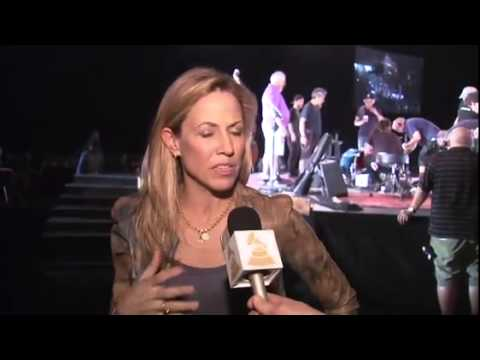 """Sheryl Crow: Bob Dylan Is """"The Greatest American Songwriter"""""""