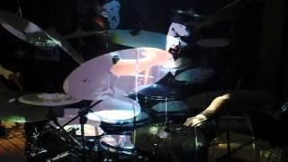 大好きな犬神サーカス団の「ロックンロールファイヤー」の ドラムをやっ...
