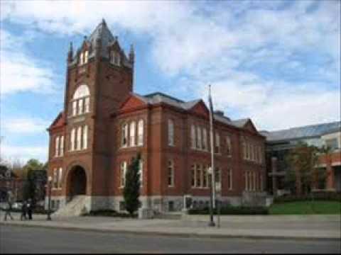 queen's university canada