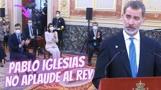 El REY FELIPE alaba la FIRMEZA de Don JUAN CARLOS el 23-F ante IGLESIAS y lo ENFADA| ¡NO LE APLAUDE!