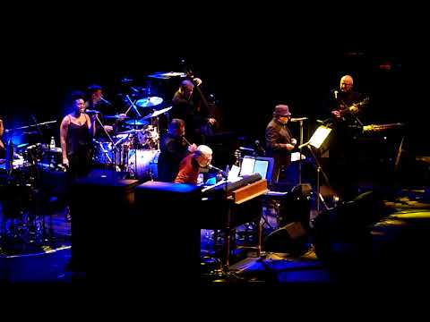 VAN MORRISON   Madrid 2017   Going to Chicago con Georgie Fame