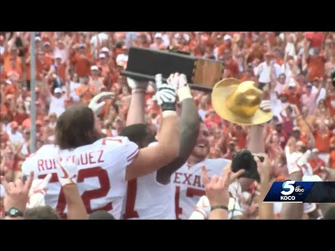 Scrutiny after Texas loss shifts to Mike Stoops, defense
