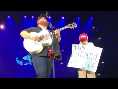 JT Bosch - WATCH: Luke Combs Brings A St. Jude Patient On Stage
