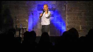 Maz Jobrani - Kicking brown people off planes and Trump is an idiot!
