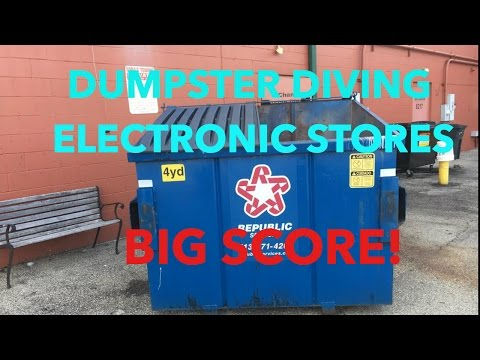 Dumpster Diving Electronics Stores-BIG SCORE!