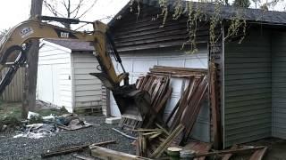 Garage Build Part 1 - Demolishing The Old Garage!