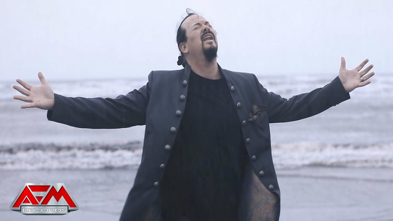 "Silent Skies, projeto de Tom Englund (Evergrey), comemora lançamento ""Satellites"""
