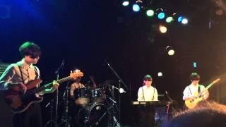 5/2の医薬連ライブです 茶の間というバンドです.