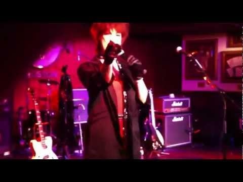 Suzie Hatton  Rock's Boston's Hard Rock!