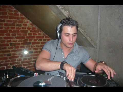 DJ YOURI YOUNSI ESCAPE