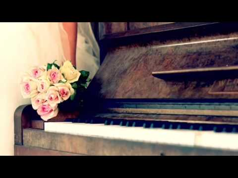 Here comes the bride- modern arrangement