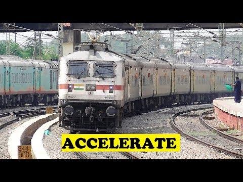 Duronto Quick Acceleration VS Trichy Shri Ganganagar Humsafar