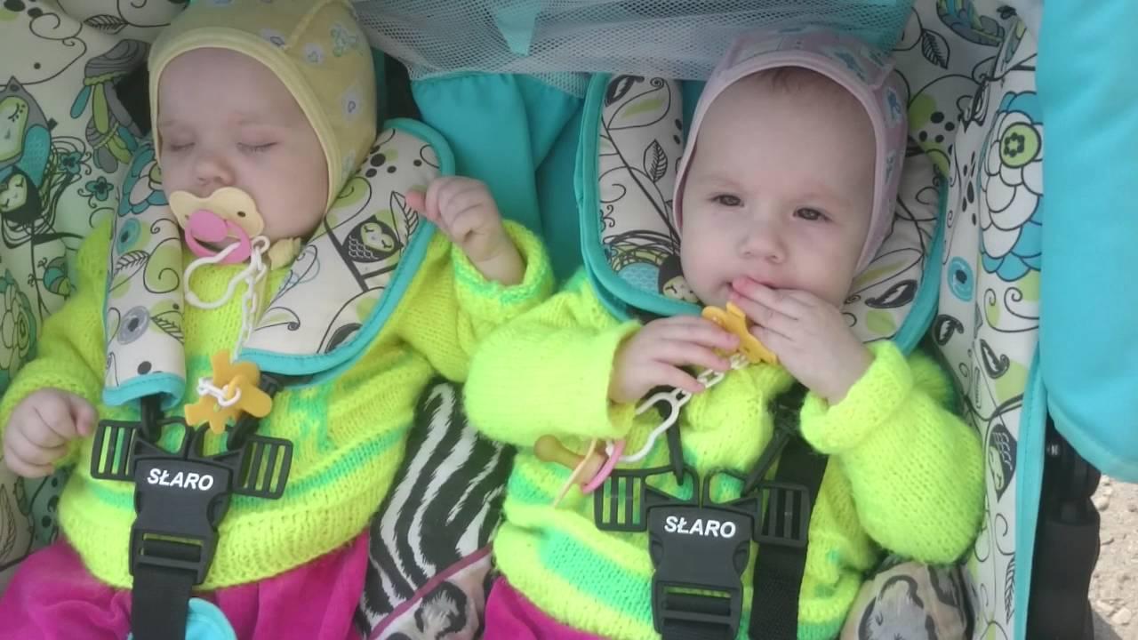 1 год поздравление двойняшкам фото 636