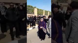 جنازة مبارك اليوم .. هتافات وبكاء من المشييع :
