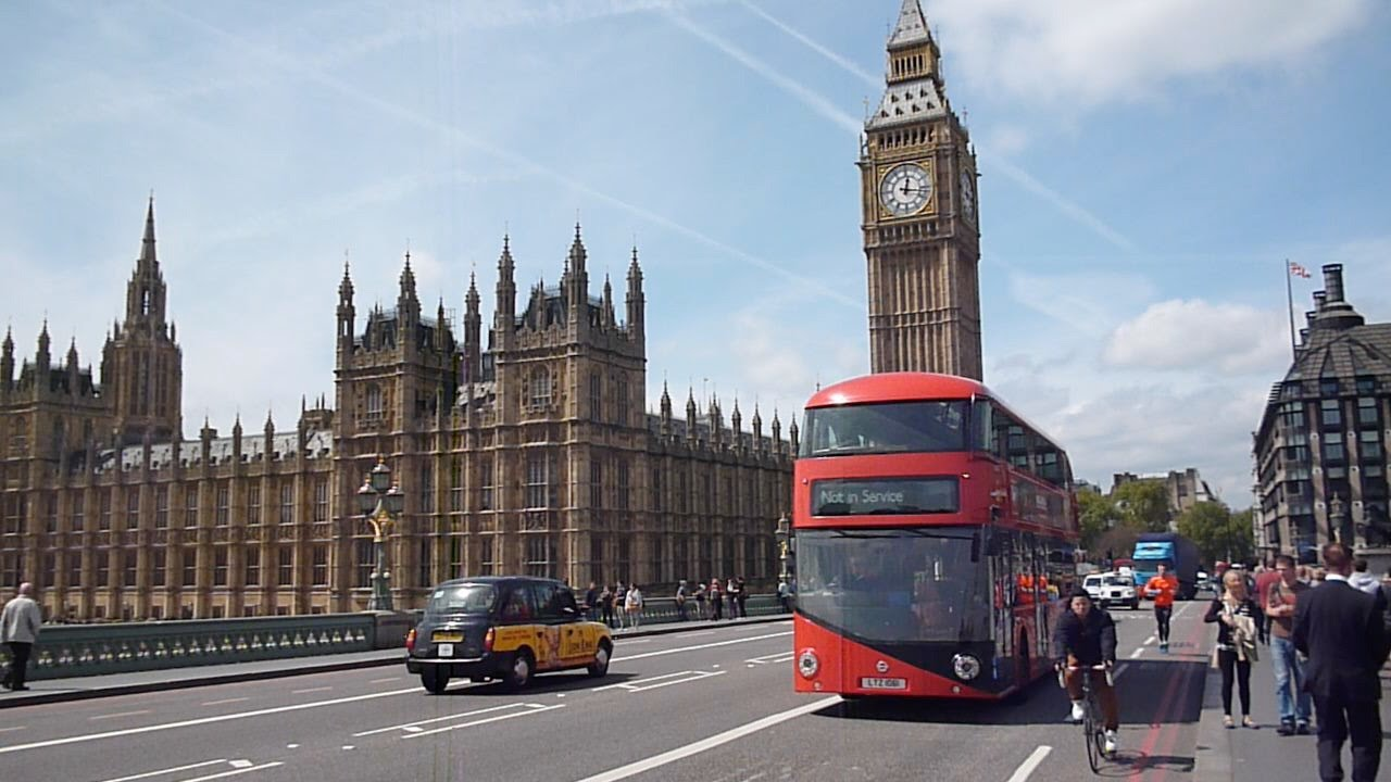 how to travel in london