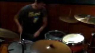 MENGERIKAN!!!! Solo drum dengan hasil rekaman dari kamera hp yang MENGERIKAN 2017 Video