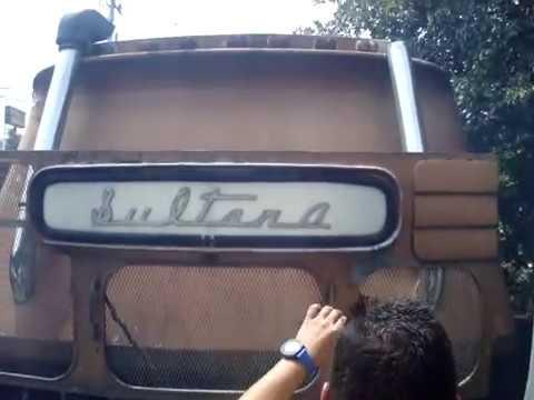 bus sultana asi suena un sultana dd8v71 y freno de motor jacbos(costa rica)