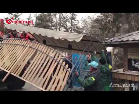 Լարված իրավիճակ. Օպերայի տարածքում ապամոնտաժում են սրճարանները