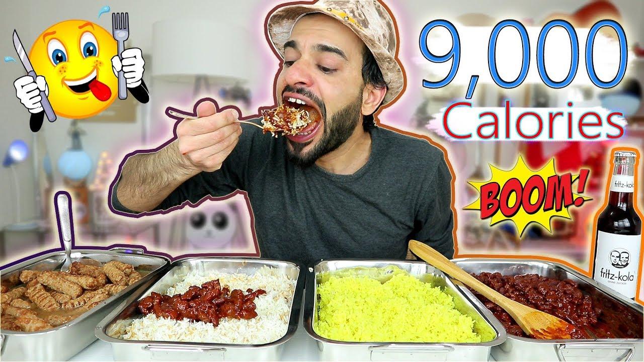 تحدي أكل وجبة كبيرة من مطعم تايلندي بمعدل ۹۰۰۰ سعرة حرارية EXTREME SPICY MEXICAN THAI FOOD CHALLENGE