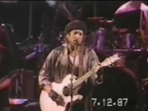 Memphis Blues Again - Dylan & The Dead - 7-12-1987 Giants Stadium, NY (set3-02)