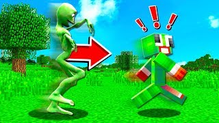 HOW TO SPAWN A FROG IN MINECRAFT!