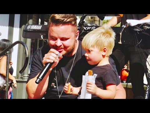 PERFORMING WITH OLLIE!