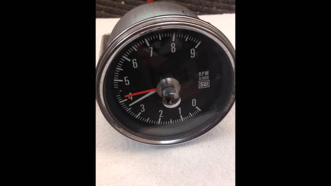 stewart warner rpm tach stewart warner 9000 rpm tach