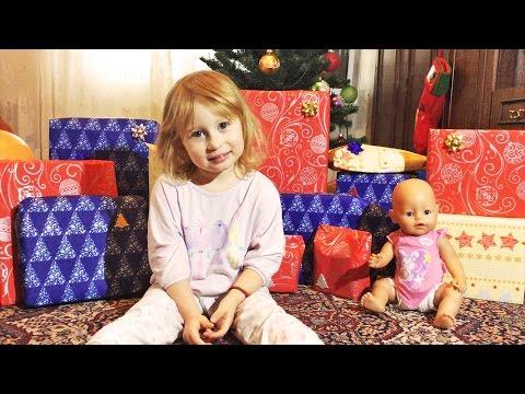 Новогодние ПОДАРКИ для СОНИ и БЕБИ БОРНА от Деда Мороза 2017 Часть 1 / New Year Presents Unboxing