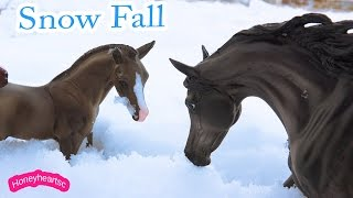 Snow Play Day - Breyer Horse Traditional Horses Play Video Honeyheartsc