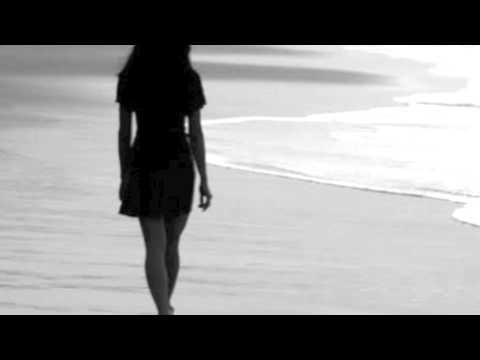 Клип Honeyroot - Nobody Loves You