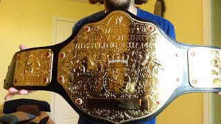 Unboxing: World Heavyweight Wrestling Championship Commemorative