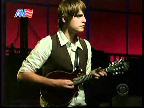 Fleet Foxes -- Blue Ridge Mountains -- (Live On Letterman)
