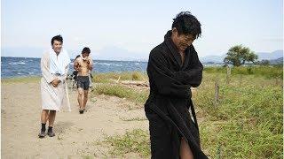 安田顕や村上淳のバスローブ姿など収めた「ぼくいこ」メイキング写真6枚...