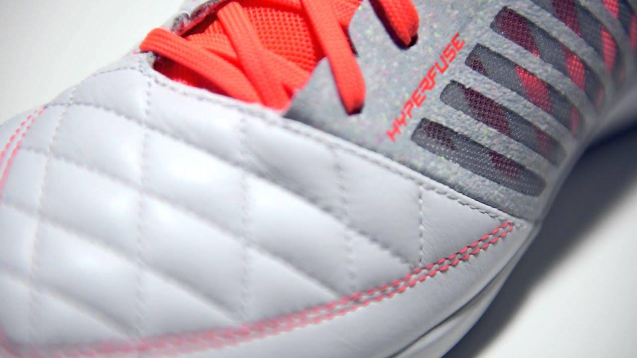 e79d1e08840 Nike Lunargato II Indoor Soccer Shoe Review - YouTube