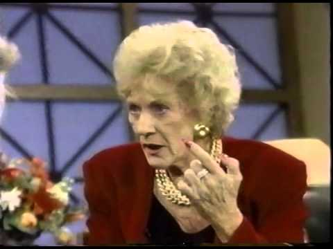 JOAN RIVERS & JEANNE COOPER TALK PLASTIC SURGERY