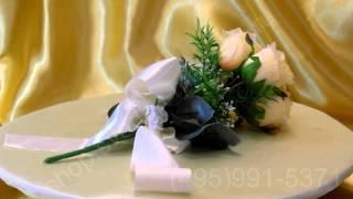 Свадебный букет-дублёр из персиковых роз с белой лентой №26