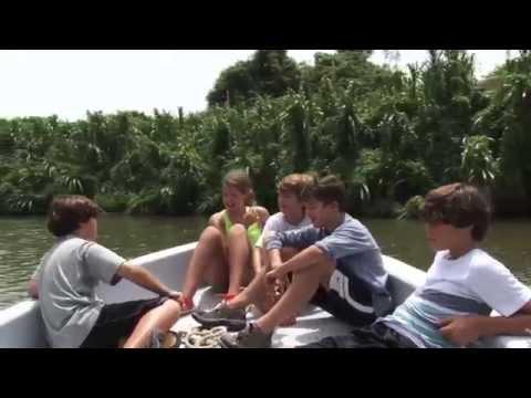 Belize CRAZY MONKEYS !!! Monkey River Eco Tours Placencia