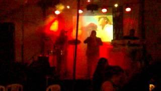 JORGE_CASTRO_Y_SUS_TECLADOS-TAMARINDO-TIKI TA