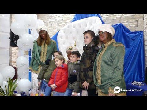 VÍDEO: Vive Travel e Infancia Solidaria inician su campaña de recogida de regalos con la visita del Rey Baltasar