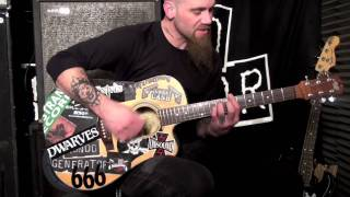 """Nick Oliveri teaches us """"Auto Pilot"""" by Queens of the Stone Age"""