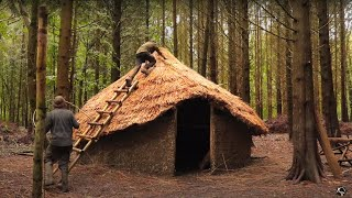 Iron Age Roundhouse: 12 Day Bushcraft Shelter with Hand Tools | Full Build
