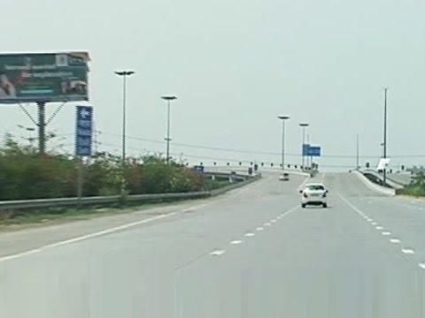 Yamuna Expressway needs an airport closeby