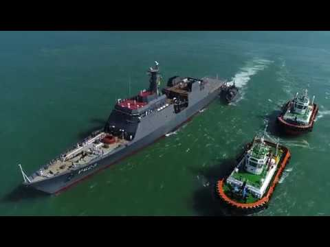 Sri Lanka Navy warmly welcomes its brand-new AOPV at Colombo harbour