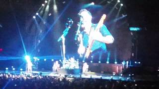 This is how you remind me - Nickelback (Tampa)