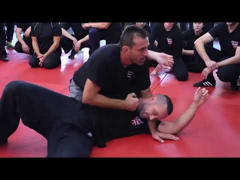 Este hombre tiene un nivel increíble en defensa usando artes marciales mixtas